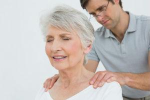 יתרונות הרפואה האלטרנטיבית לבני גיל הזהב
