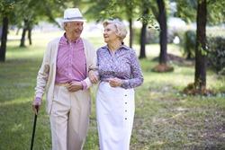 הקשר בין מגורים לאורח חיים בריא בגיל השלישי?