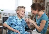 מטפלת סיעודית עם לינה למבוגרים