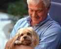 בעלי חיים בבתי אבות מאריכים חיי קשישים