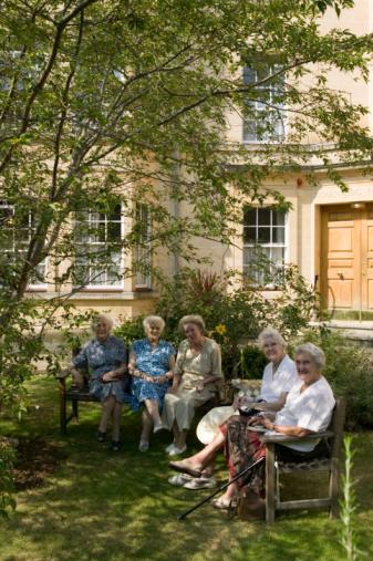 האם הגעת לגיל שמתאים לעבור לדיור מוגן?